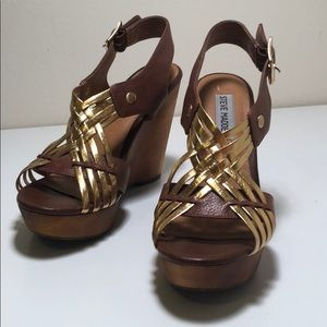 Steve Madden Brown and Gold Wedges